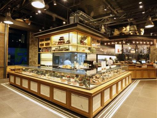 주춤한 커피 시장…차·디저트로 활로 찾는다